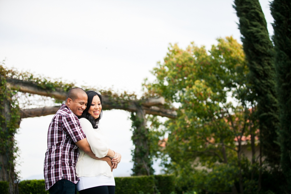 Southcoast-Winery-Engagement-Photography-08