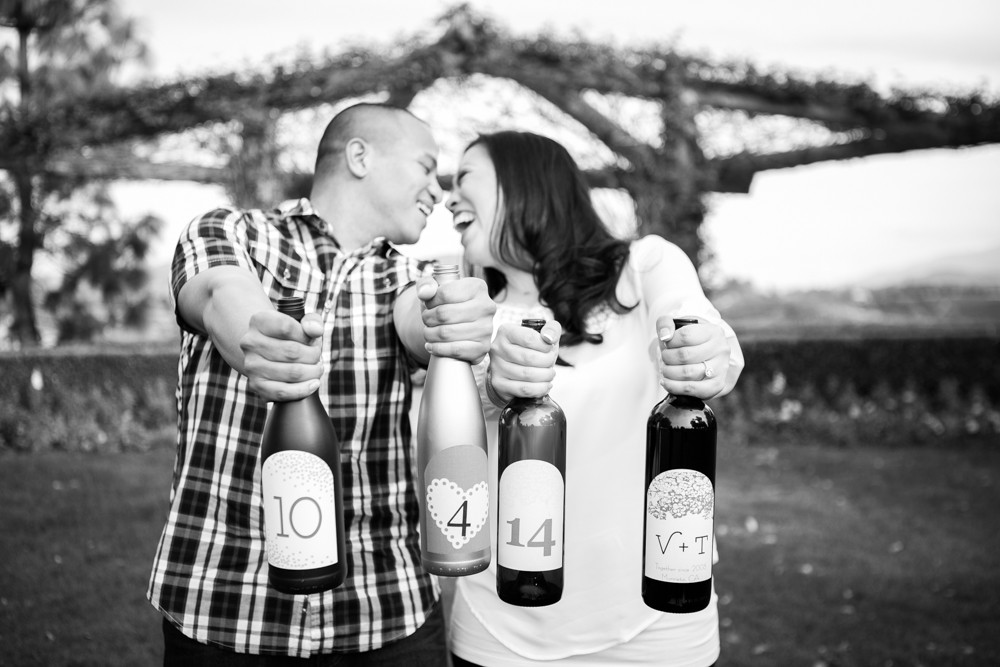 Southcoast-Winery-Engagement-Photography-01