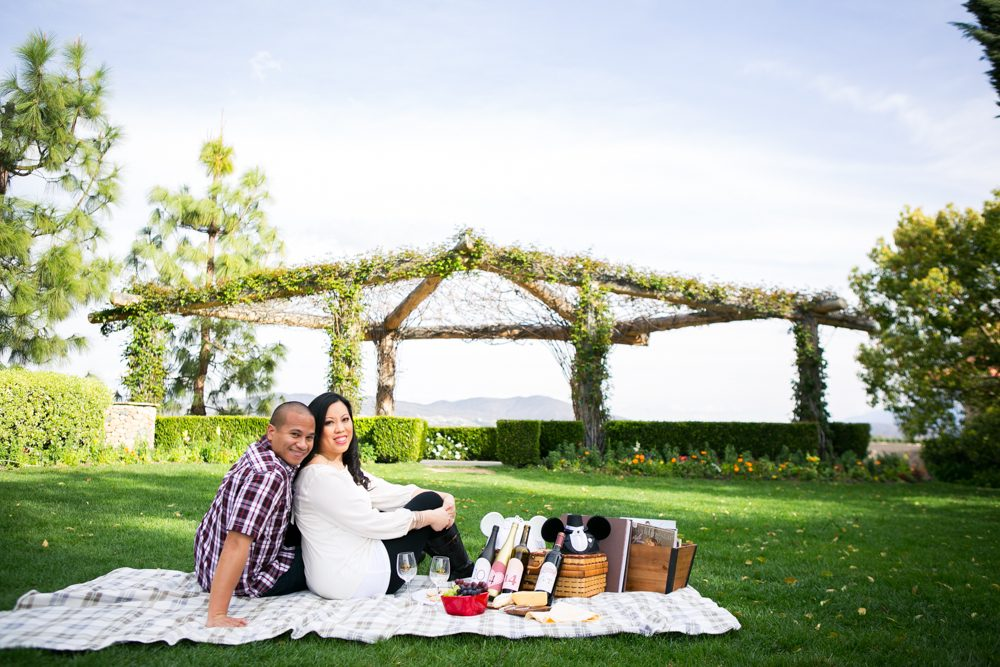 Southcoast-Winery-Engagement-Photography-05