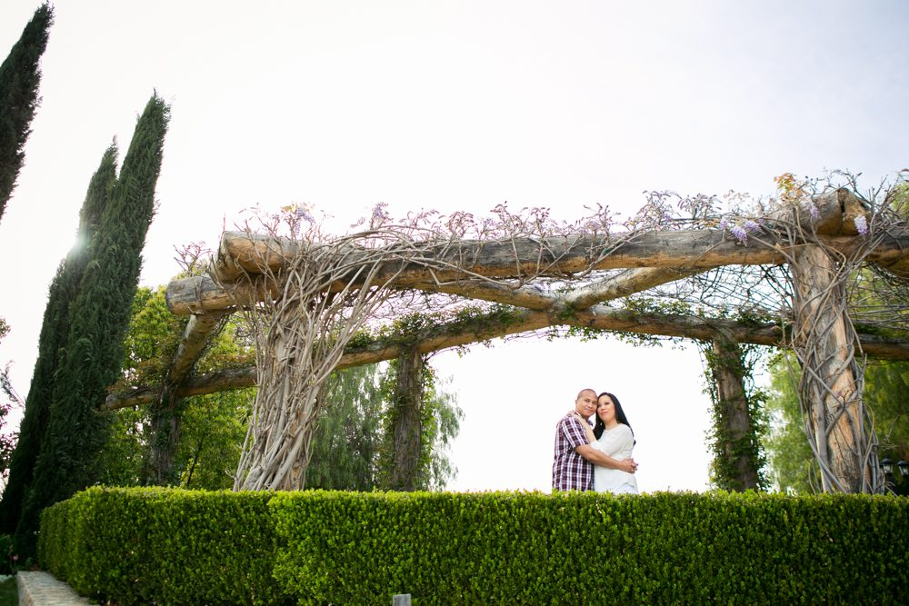 Southcoast-Winery-Engagement-Photography-07