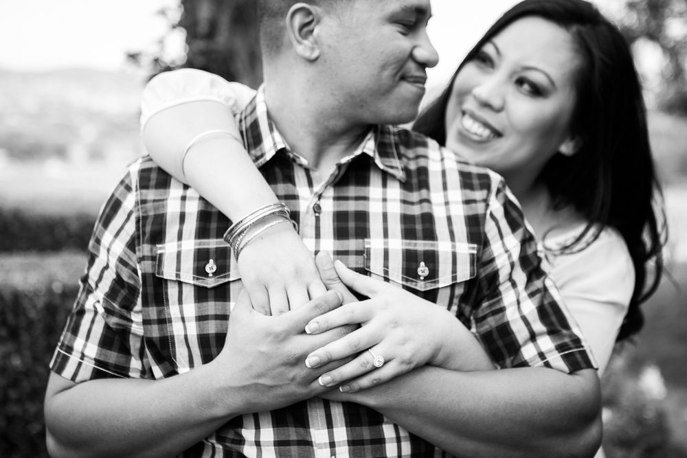 Southcoast-Winery-Engagement-Photography-10