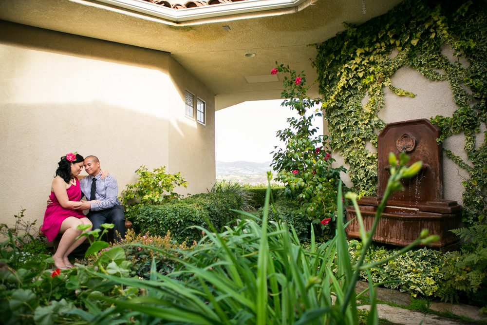 Southcoast-Winery-Engagement-Photography-13