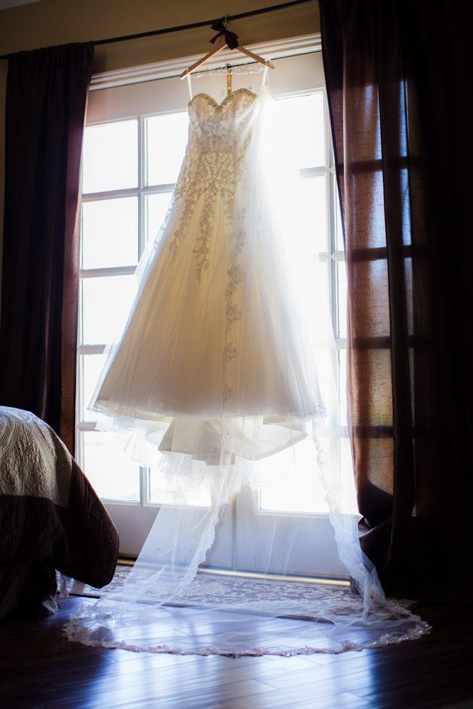 Bella-Gardens-Estate-Wedding-Photography-02