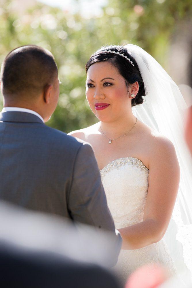 Bella-Gardens-Estate-Wedding-Photography-28