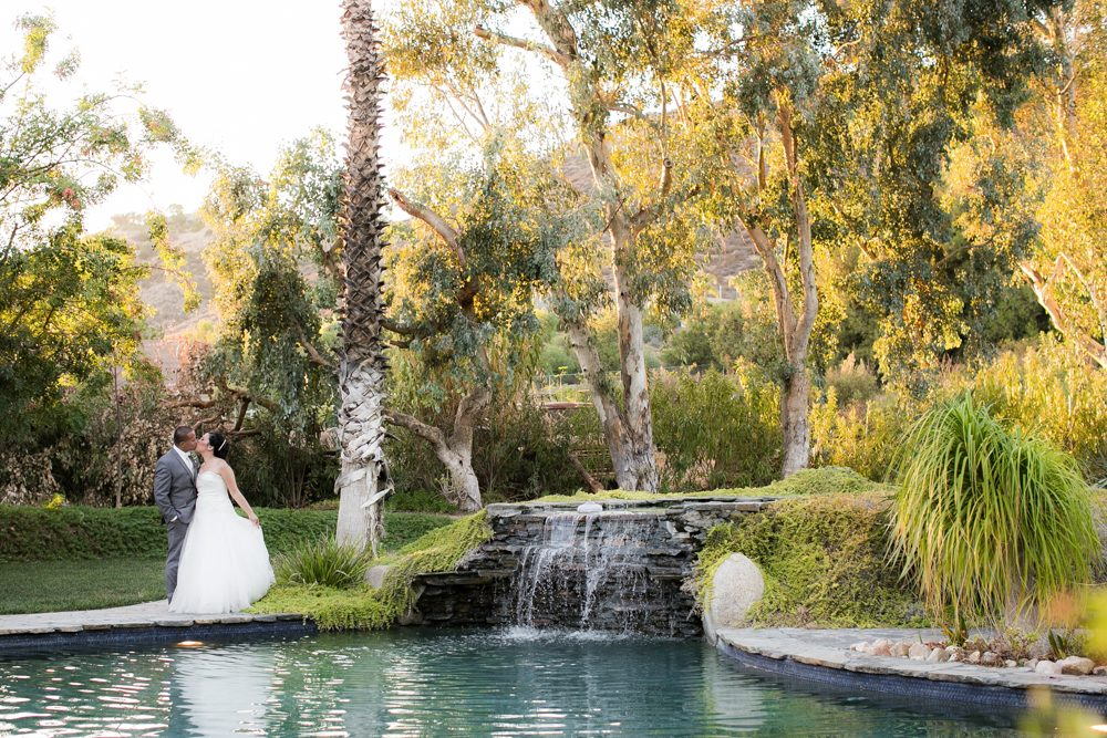 Bella-Gardens-Estate-Wedding-Photography-51